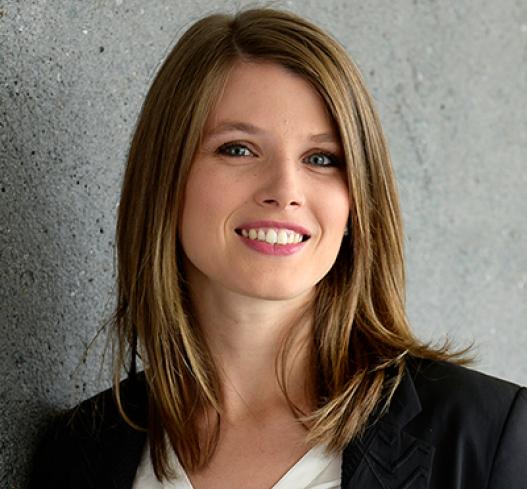 Lise Pinault - Avocate droit des affaires tours